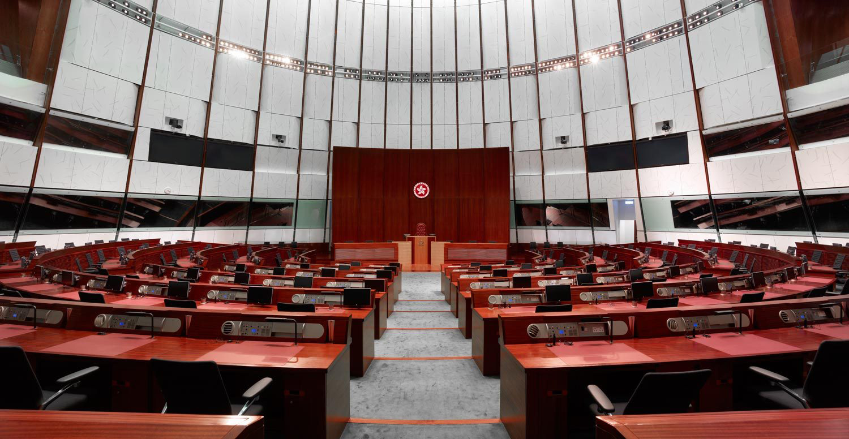 Sufrágio | Com o não, Hong Kong terá caminho árduo, dizem especialistas
