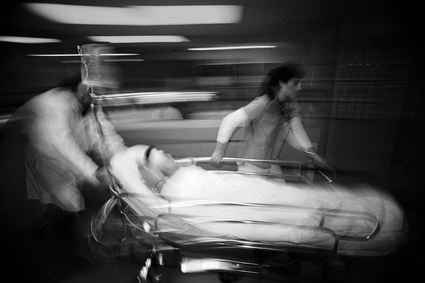 Enfermeiros | Associação pede sanções contra abusos físicos