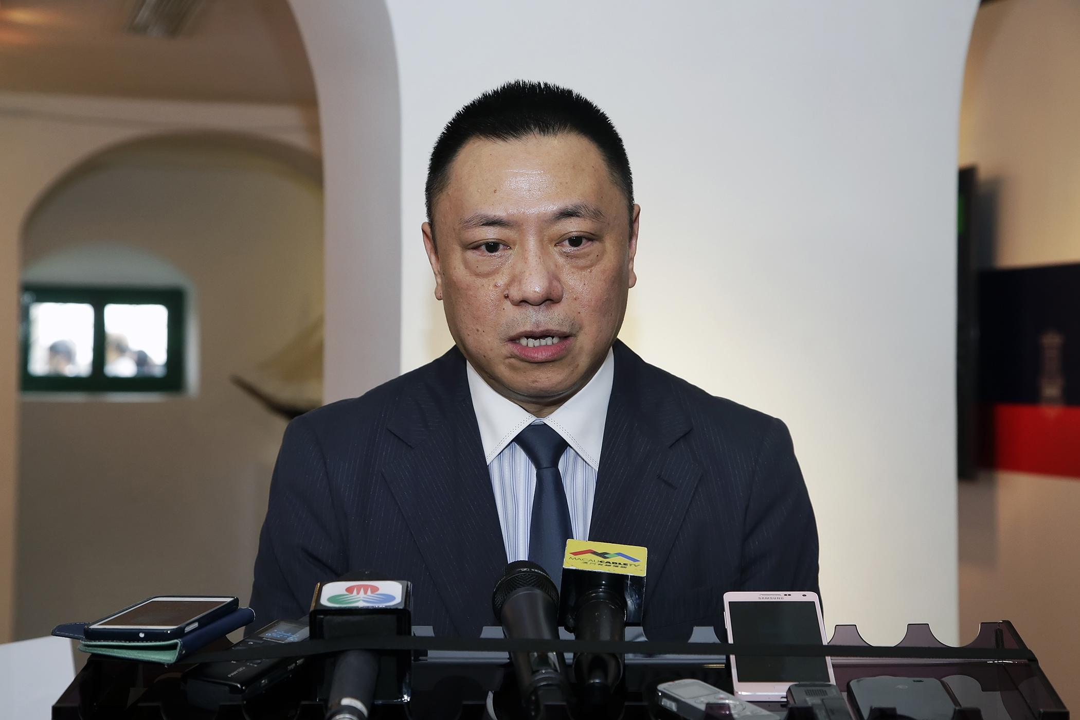 Reserva Financeira | Governo quer investir 25 mil milhões através de Guangdong