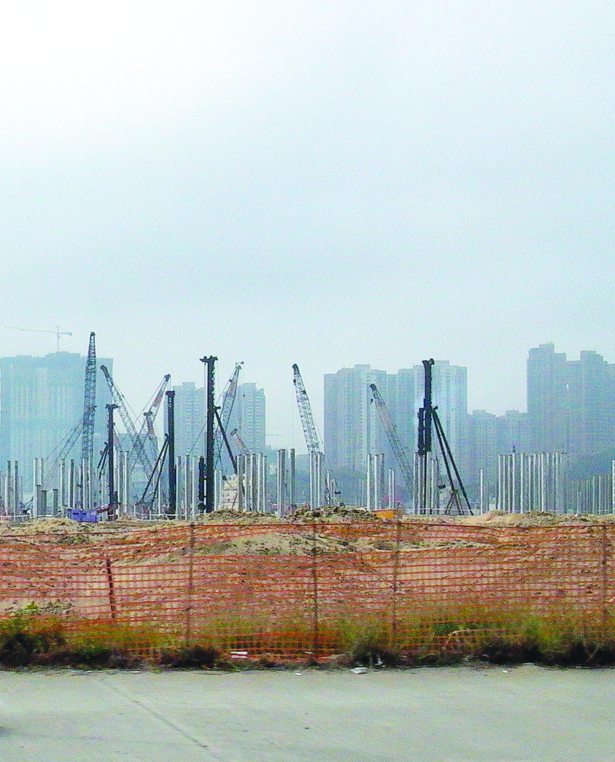 Terrenos | Chui Sai On pede investigação ao CCAC sobre 16 lotes