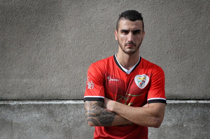 Marco Meireles, centro-campista do Benfica de Macau