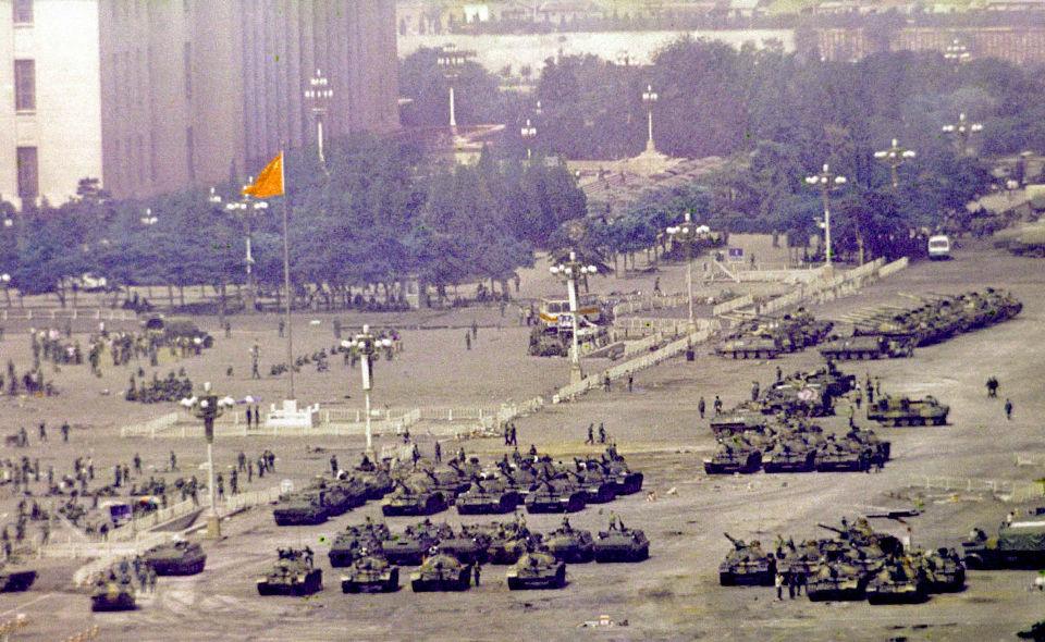 Tiananmen  | Escolas evitam falar sobre massacre. Alunos aprendem por si