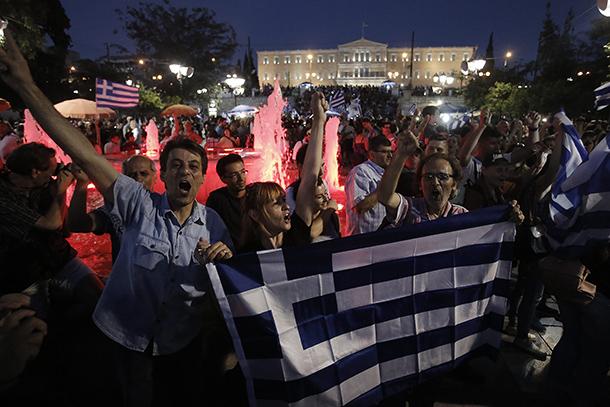 Grécia | Referendo trouxe mais do que o 'não'. País não sai da UE, dizem analistas