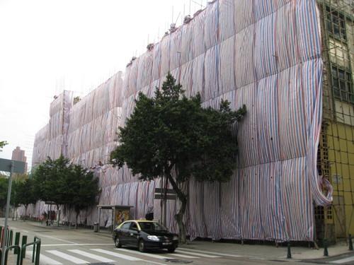 Hotel Estoril | Alexis Tam não compreende protestos sobre demolição. Consulta pública alargada