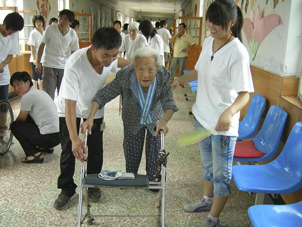Instituto de Acção Social vai lançar mais um grupo de apoio ao domicílio para idosos