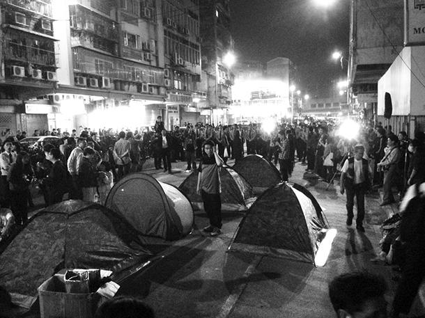 Sin Fong | Réus negam desobediência. Polícias falam em resistência