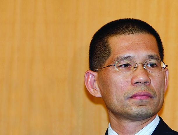Vasco Fong promete revisão da Lei de Dados Pessoais para 2016