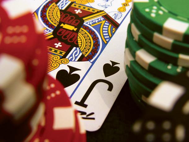 Casinos | Trabalho por turnos é questão de necessidade, mas nem todos se queixam