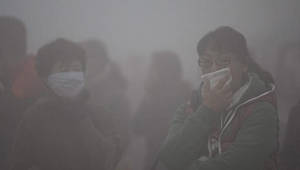 Clima: Pequim quer acordo vinculativo na cimeira de Paris