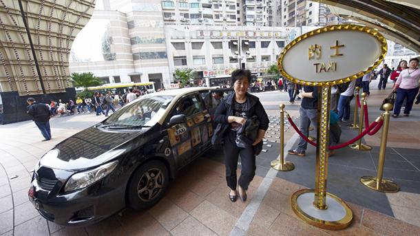 Táxis| Motoristas querem participar na legislação que vai regular o sector