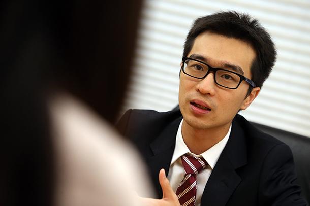 """Andy Chan: """"É preciso dar atenção aos problemas emocionais dos funcionários públicos"""""""