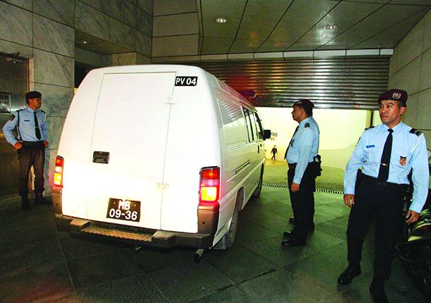 Crime | Autoridades detém 34 cidadãos chineses no Cotai