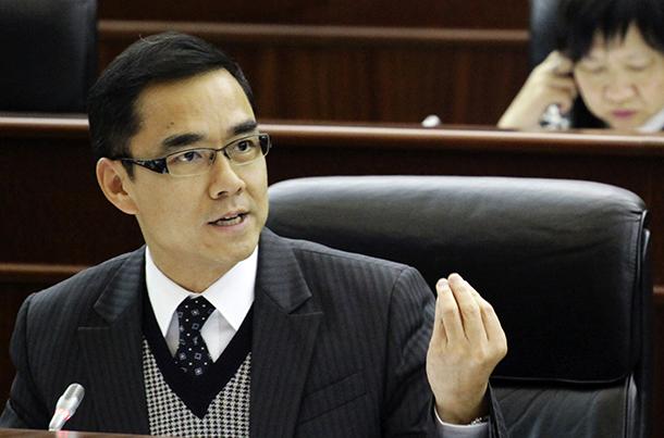AL | Ho Ion Sang defende melhorias no processo de consultas públicas