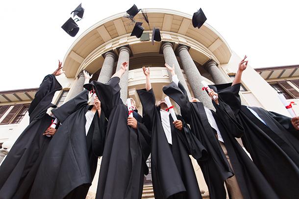 Burla | Desfalcados em cerca de 1 milhão para ingressar na universidade