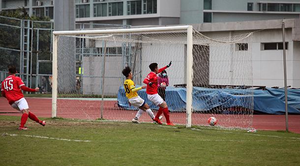 Benfica vence clássico por 2-0 frente ao Monte Carlo