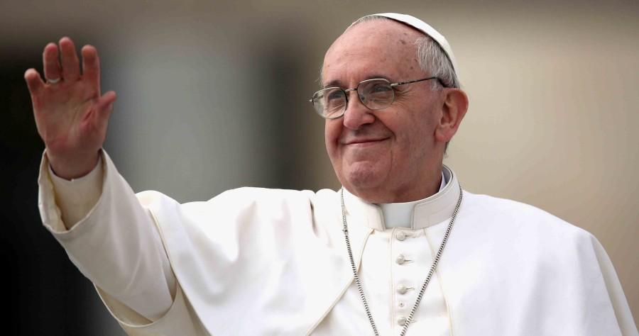 Papa pede tratamentos acessíveis para pobres atingidos pelo VIH