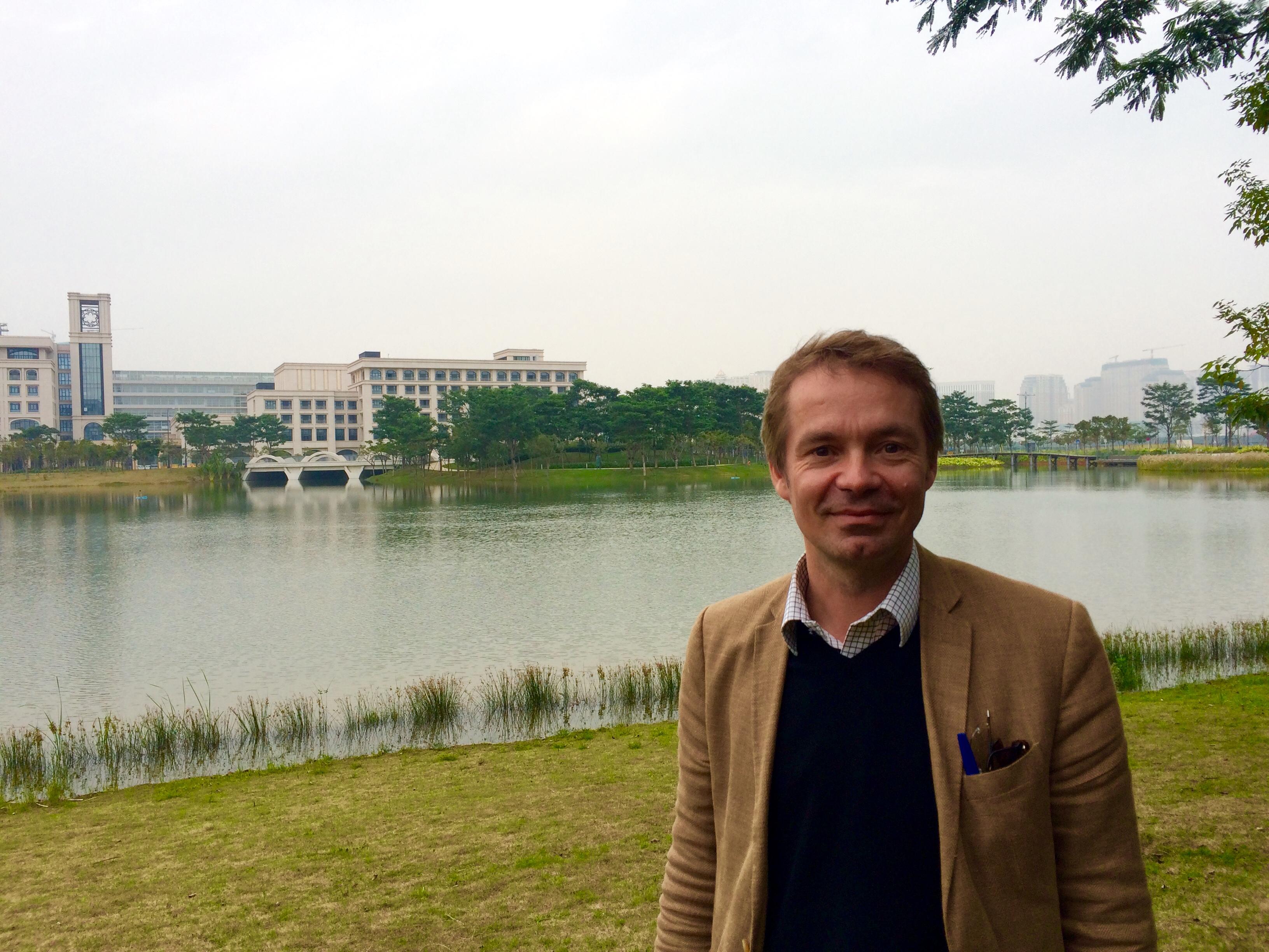 Rostam Neuwirth, professor de Direito na UM