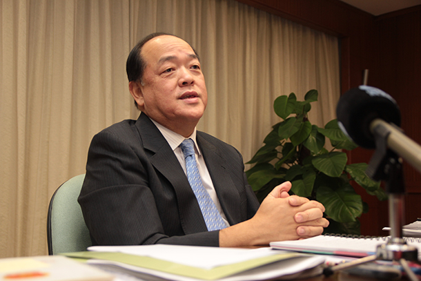 AL | Deputados querem explicações para a saída de Cardinal e Taipa