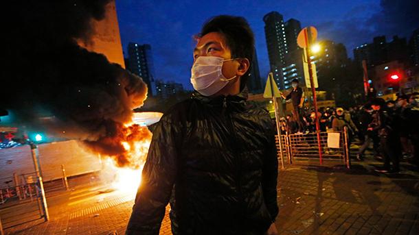 Proibidas manifestações do dia 1 de Outubro em Hong Kong