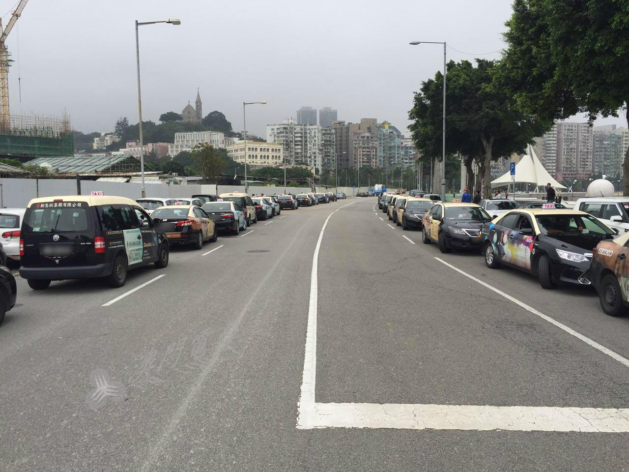 Táxis | Motoristas contra novo regulamento