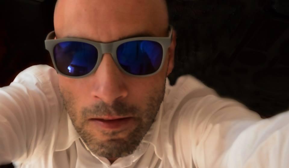 """José Drummond, artista plástico : """"Macau é um embaraço para os artistas"""""""