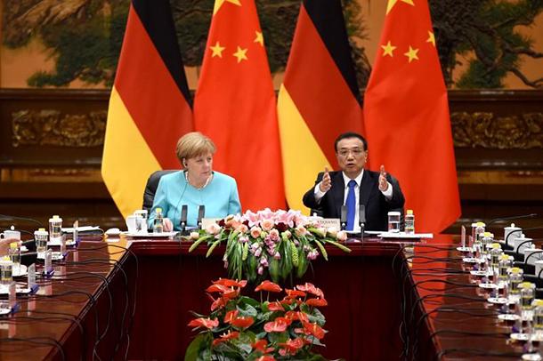 """Xi Jinping destaca relação """"muito madura"""" com Alemanha"""