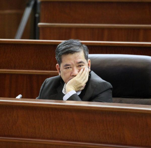 Lam Heong Sang quer Lei Laboral com regime de compensação de feriados