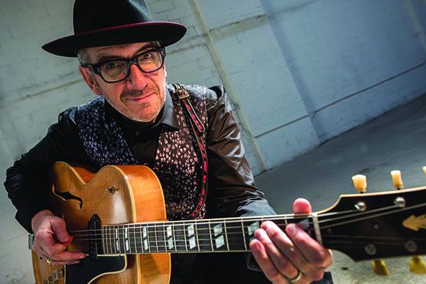 CCM   Elvis Costello chega a Macau em Setembro