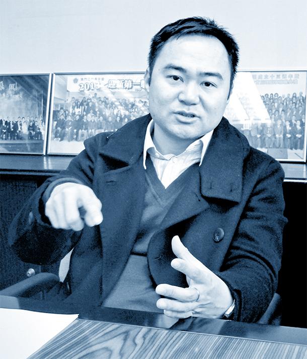 Hong Kong | Zheng Anting concorda com mudanças na lei eleitoral