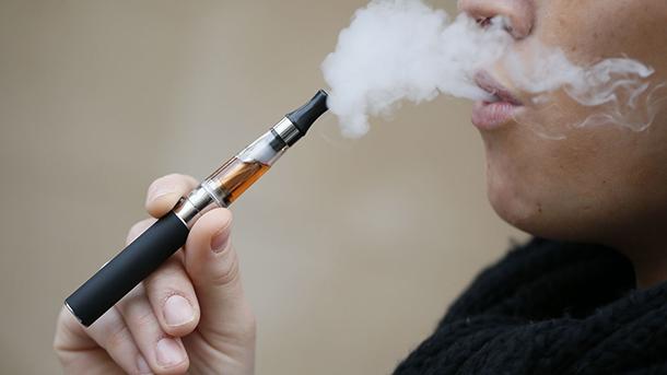 Cigarros Electrónicos | Relatório sugere proibir a importação