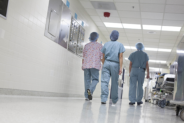 Subsídios | Detectadas violações graves com vales de saúde nas policlínicas