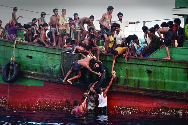 Mais de 200 migrantes morreram junto à costa da Líbia este fim de semana