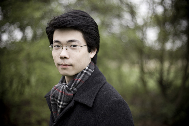 Pianista de Macau toca com Orquestra Filarmónica da China