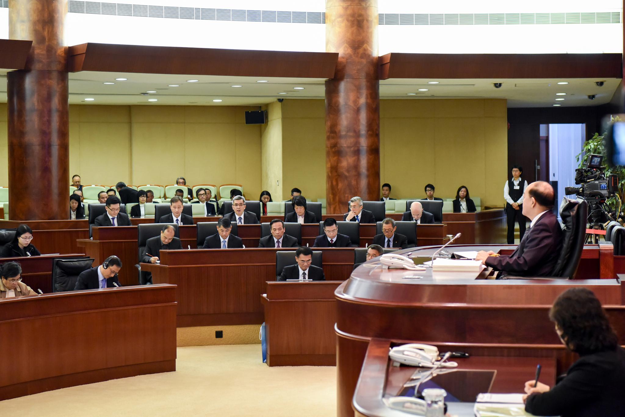 Deputados pedem fiscalização a estabelecimentos de ensino devido a casos de abuso sexual