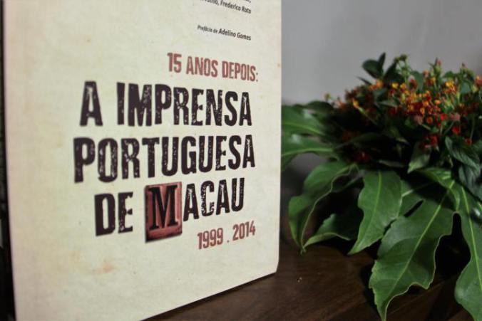 Livro | 15 anos depois, imprensa de Macau está bem e recomenda-se