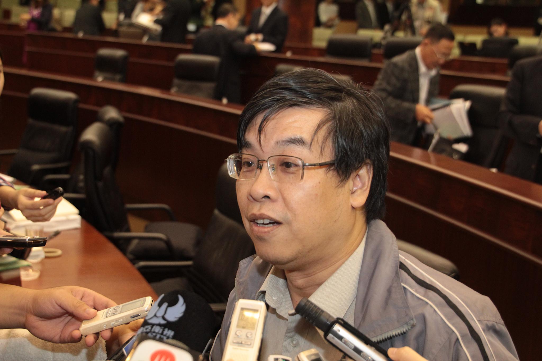 Ng Kuok Cheong preocupado com órgão municipal sem poder político