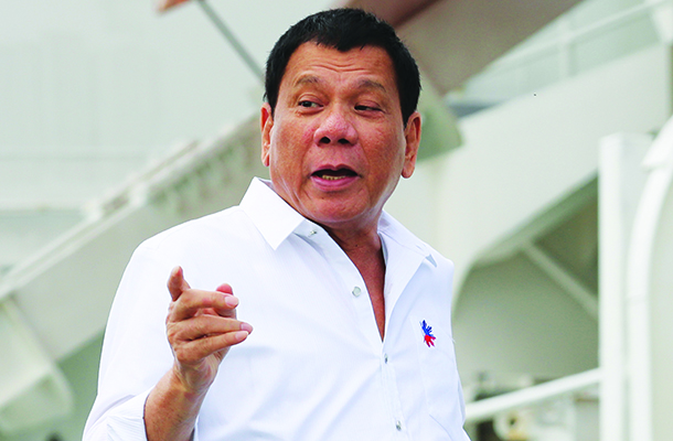 Filipinas | Duterte diz que a China é benfeitor do país apesar de conflito territorial