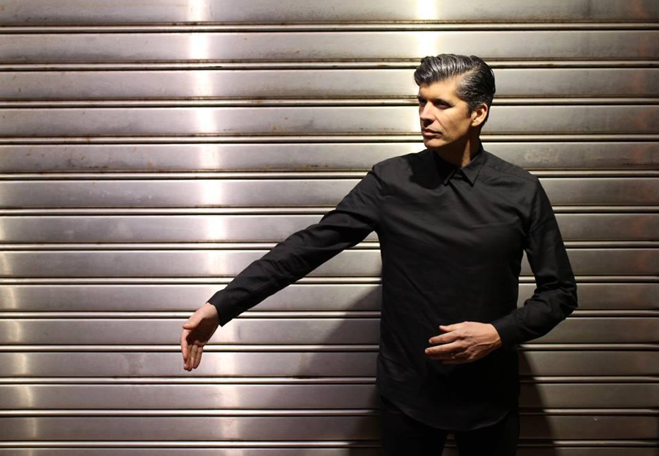 """Armando Teixeira, vocalista dos Balla: """"Sou muito inspirado pela música oriental"""""""