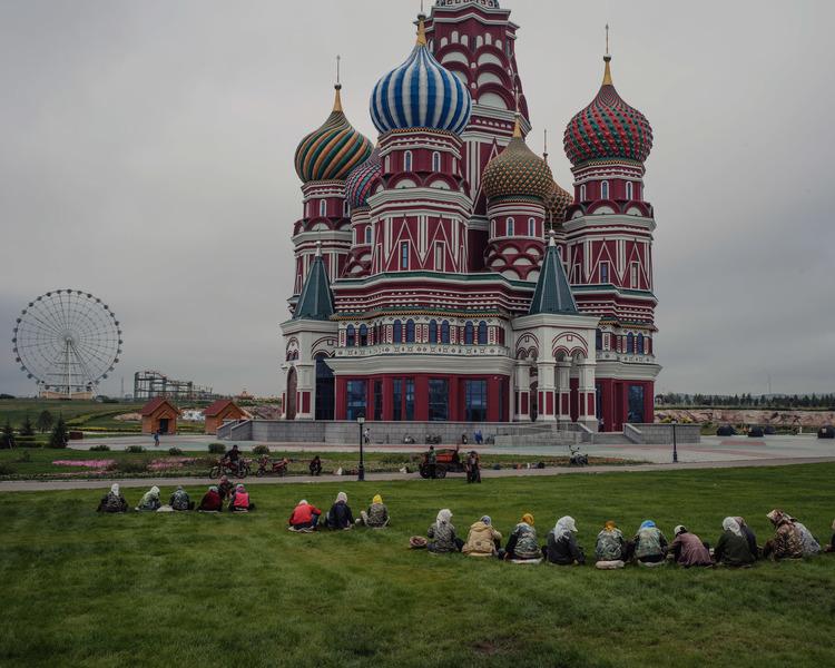 Enviado de Trump vai a Moscovo para negociações sobre Ucrânia