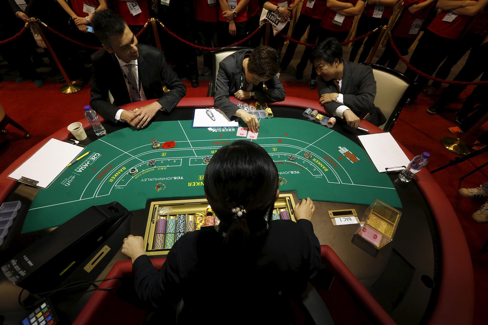 Jogo | Sector tem menos 191 trabalhadores não residentes