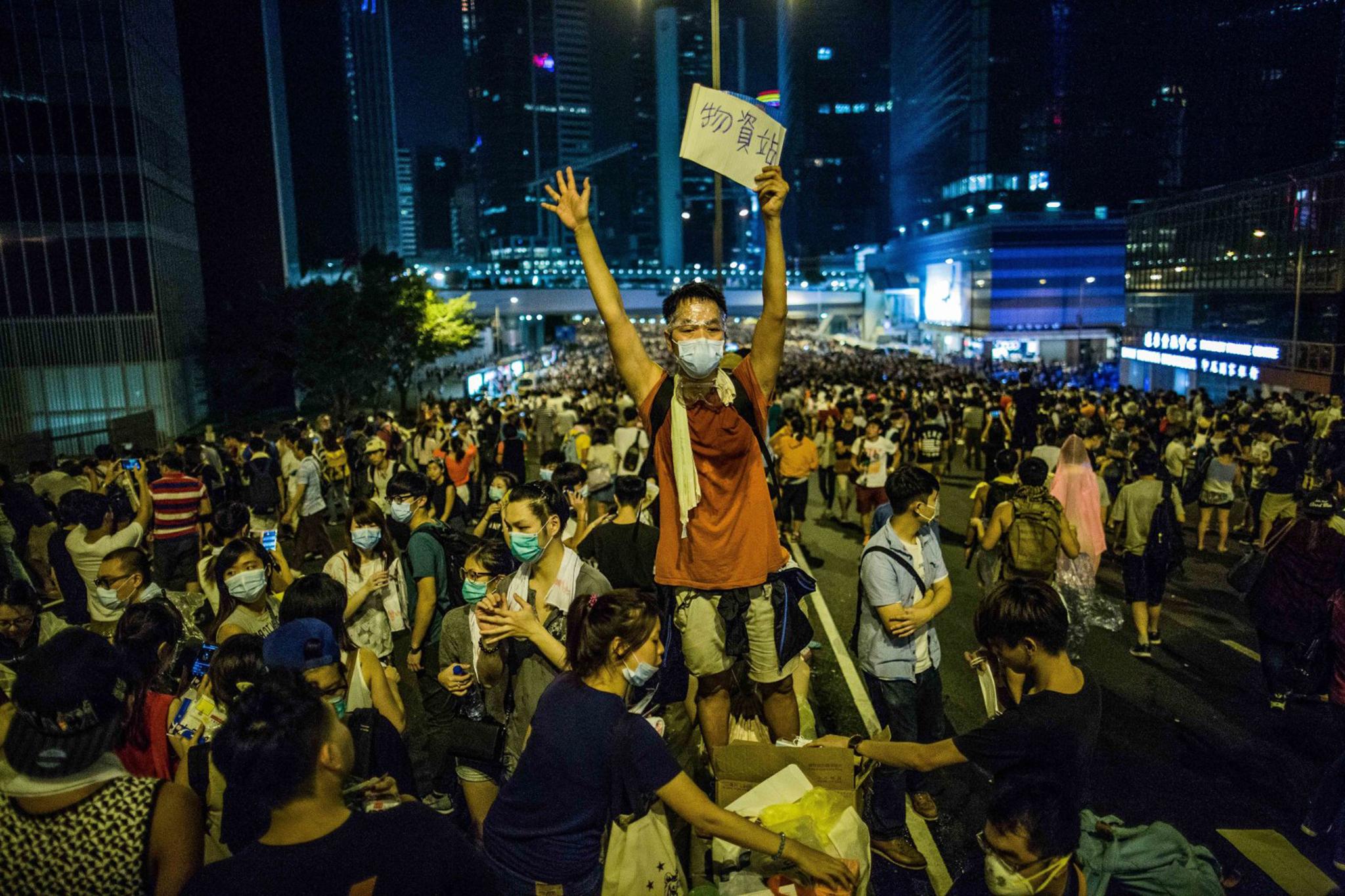 """Manifestação em Hong Kong """"contra autoritarismo"""" de Pequim"""