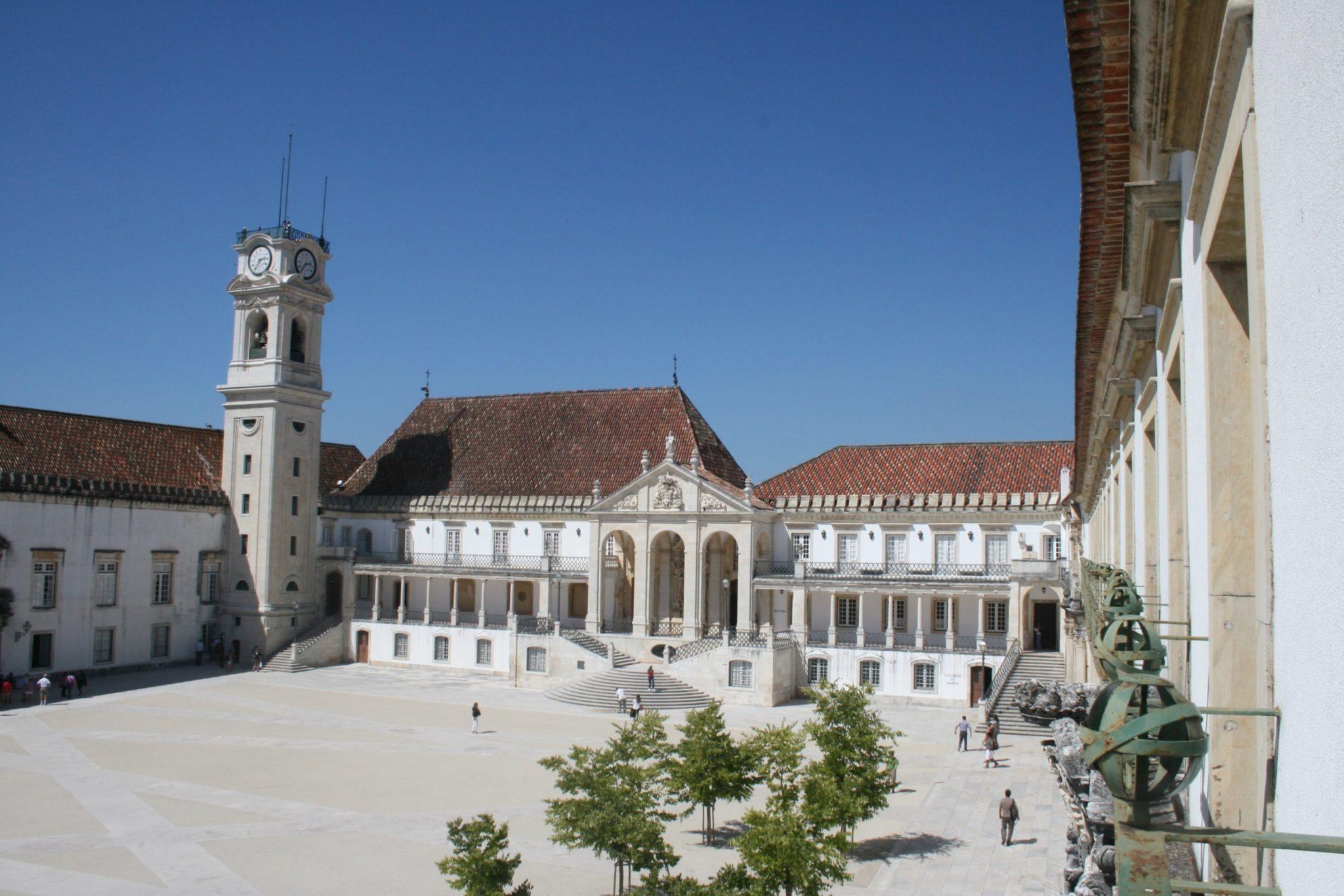 Universidade de Coimbra cria Academia Sino-Lusófona
