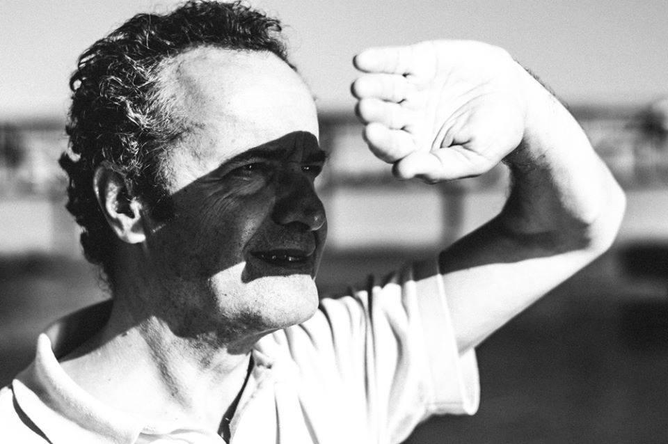 """Luís Carmelo: """"A escrita é um laboratório que me ajuda a traduzir o mundo"""""""