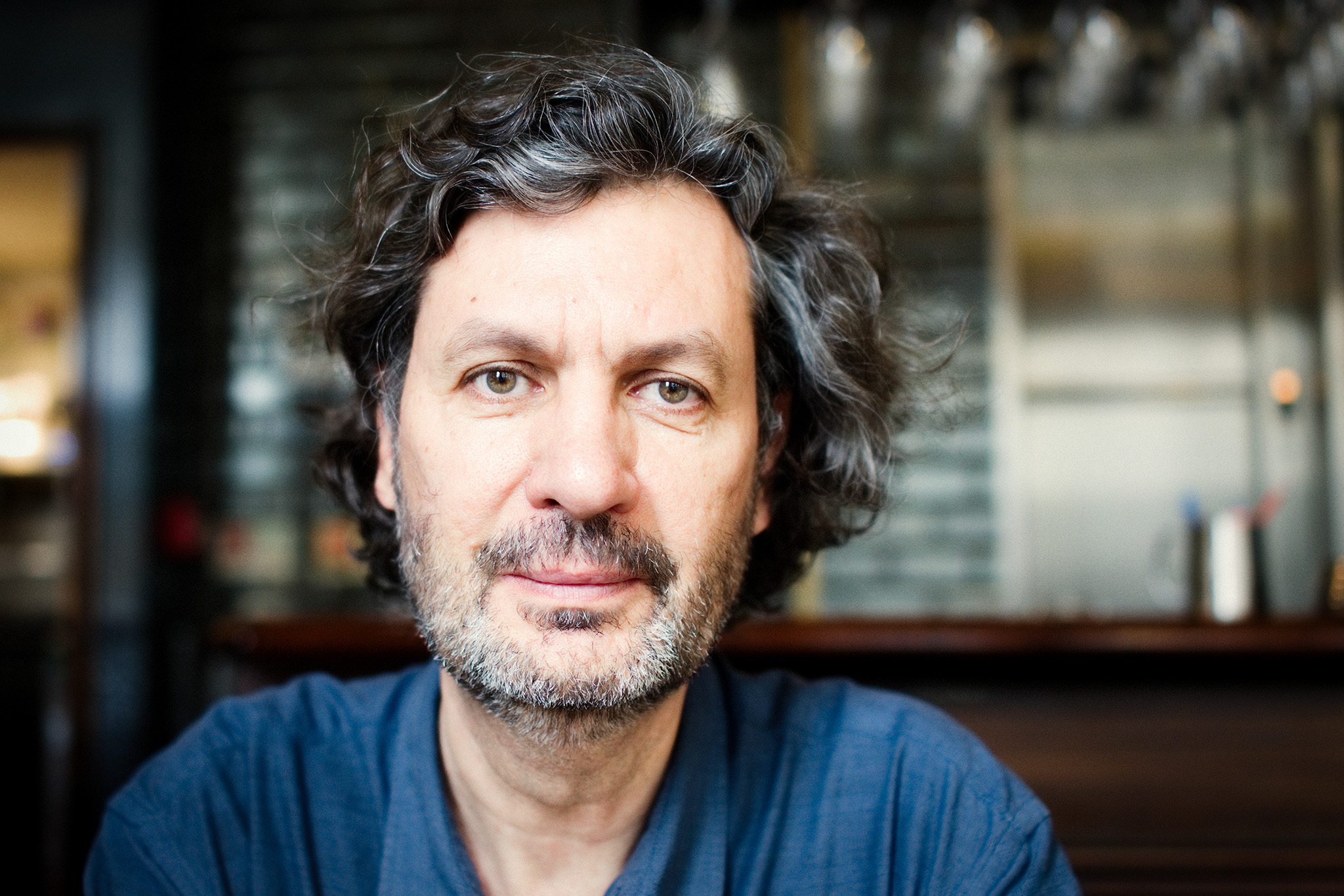 """João Miguel Barros: """"Olhamos muito, mas vemos muito pouco"""""""