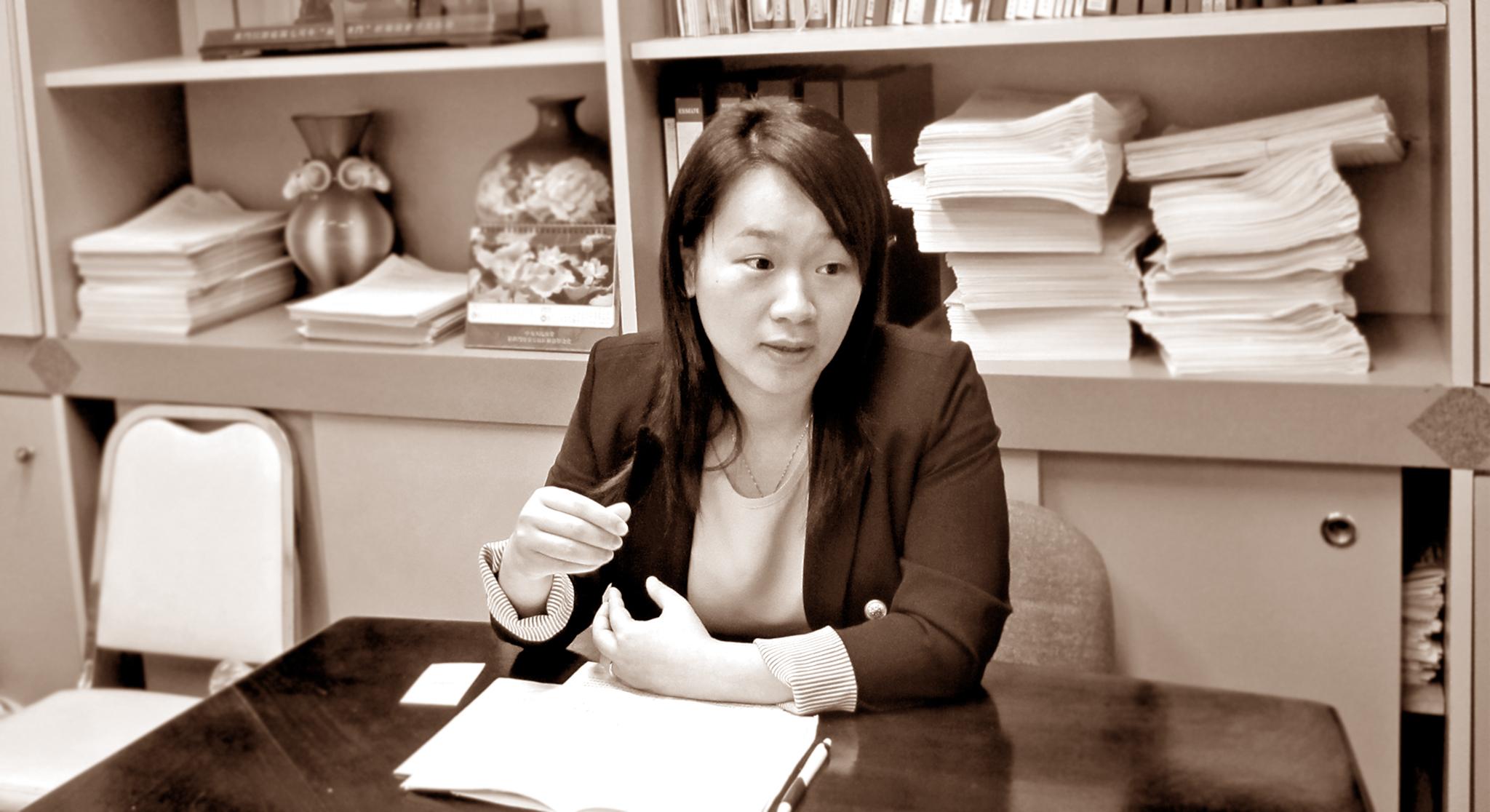 Wong Kit Cheng declara guerra a folhetos pornográficos