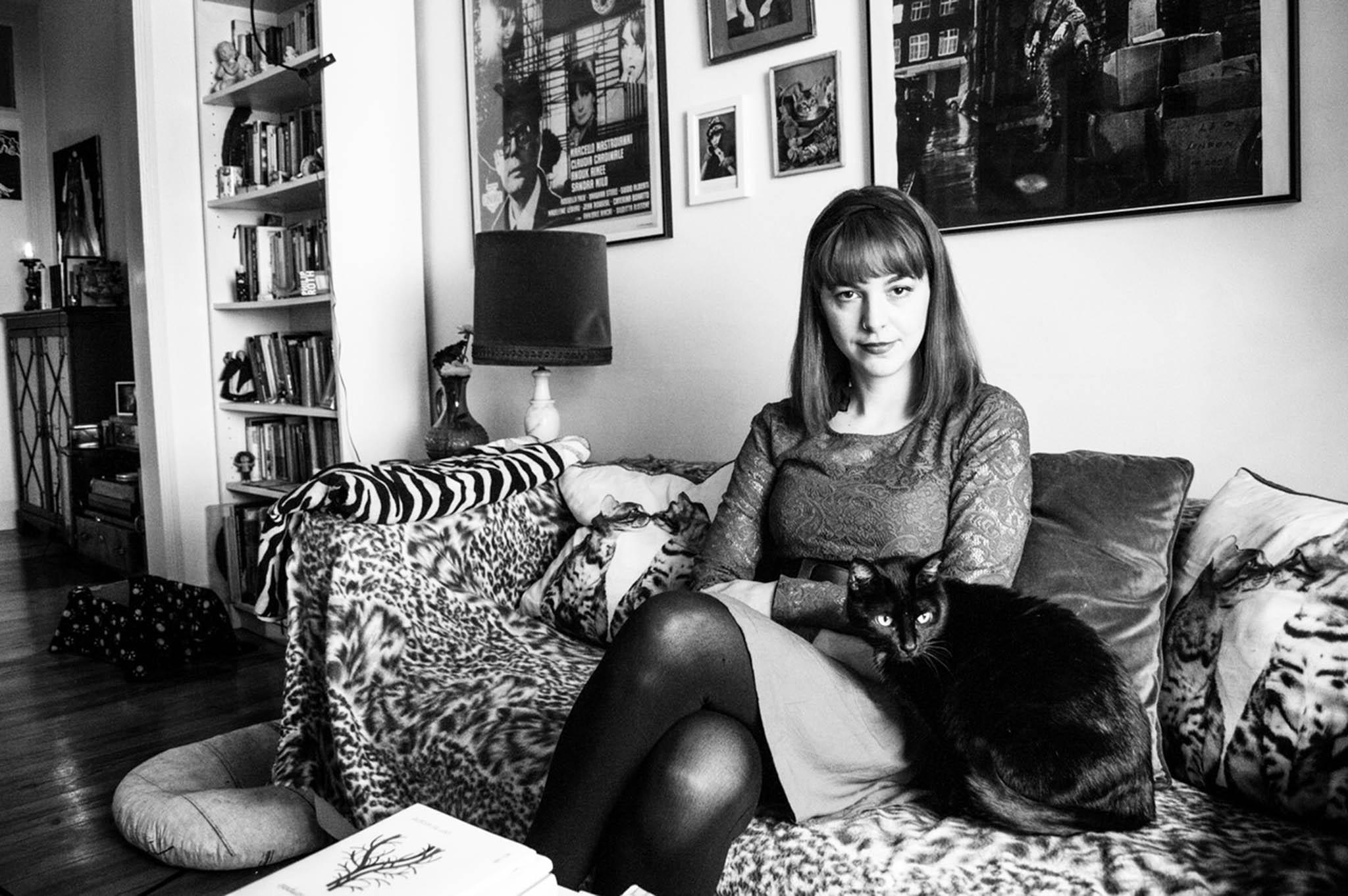 """Cláudia R. Sampaio:""""A poesia requer sempre um silêncio"""""""