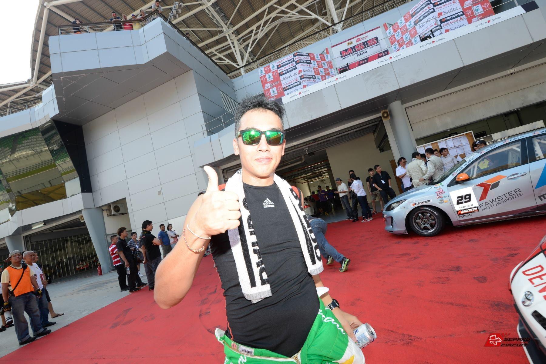 Álvaro Mourato abdica do Campeonato de Carros de Turismo de Macau
