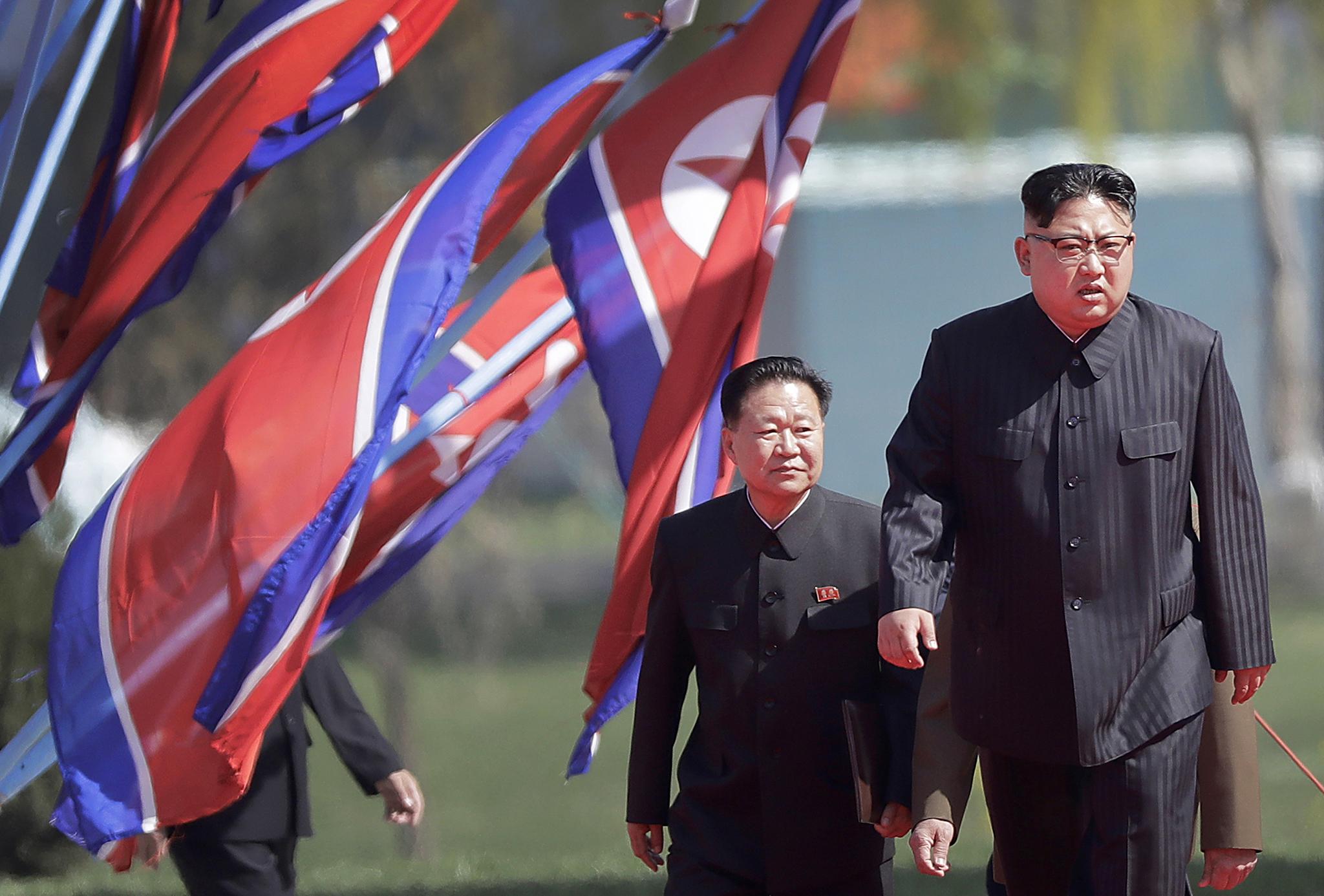 Kim Jong Un quer reforçar capacidade de defesa do país que já é potência nuclear