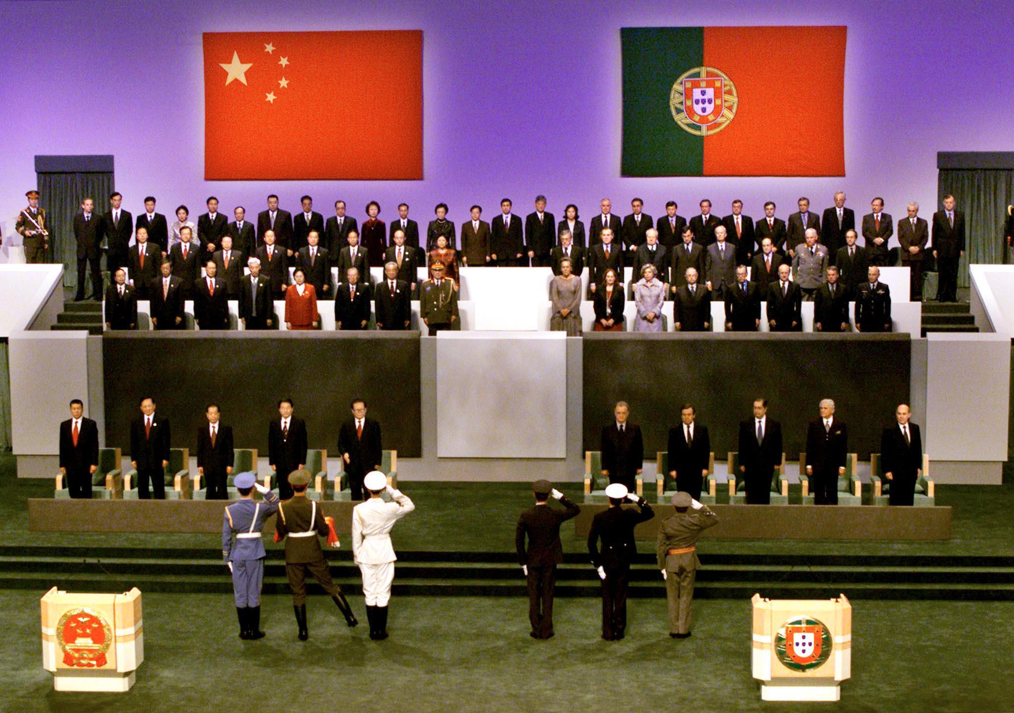 Hong Kong | Carta para Portugal pede revisão da Declaração Conjunta
