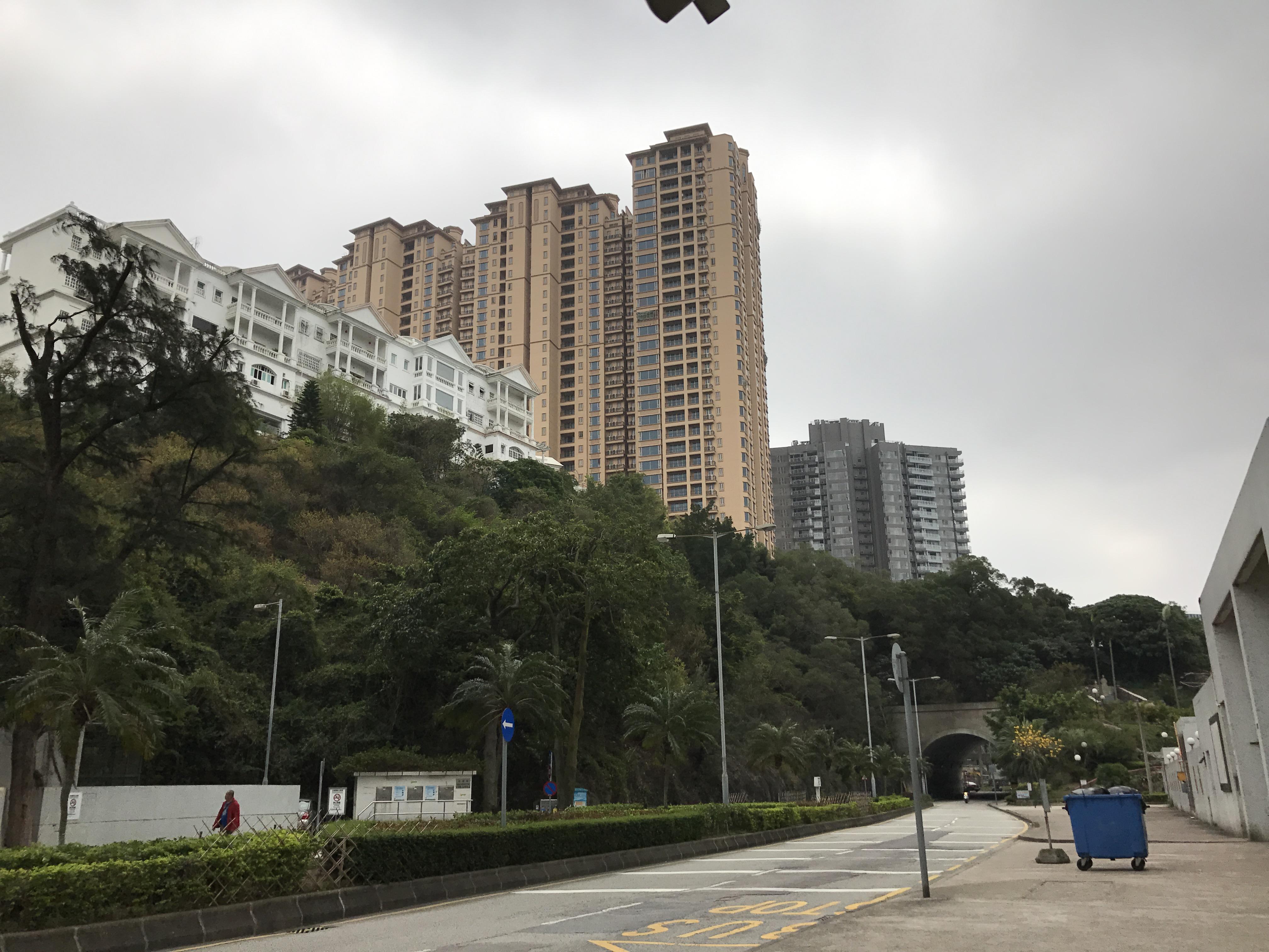 Empresa que investiu 3,5 mil milhões na Taipa com acções suspensas